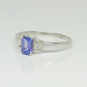 9ct white gold Tanzanite & Diamond ring-0